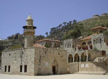 Deir Al Qamar Mosque