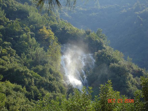 La Beauté Naturel du Liban - Oyoun Al Samak Chute D'eau